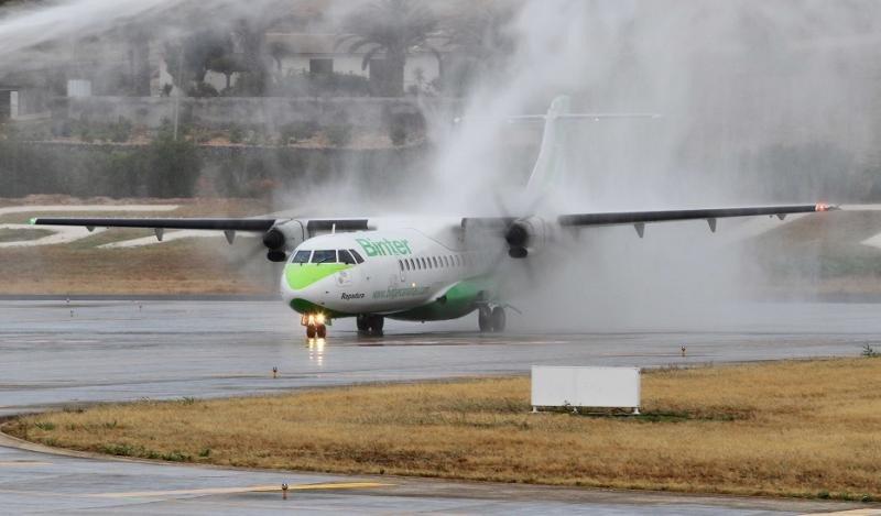 Binter estrena sus vuelos interislas en Madeira