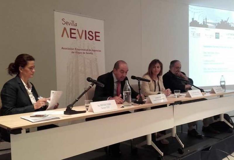 Mercedes Tejero, Manuel Pino, Maria Teresa Aguilera y Miguel Ángel Cubero (de izqu. a dcha.).