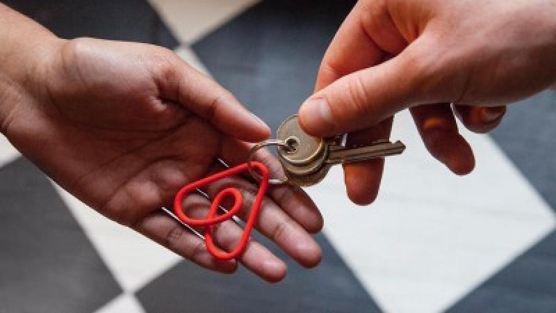 A partir del próximo mes de enero las plataformas como Airbnb estarán obligadas a facilitar a Hacienda trimestralmente todos los datos de las transacciones realizadas en ese periodo.
