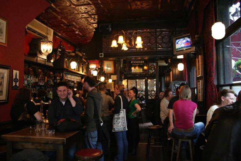 En España hay más de 270.000 establecimientos, entre bares, restaurantes y cafeterías.