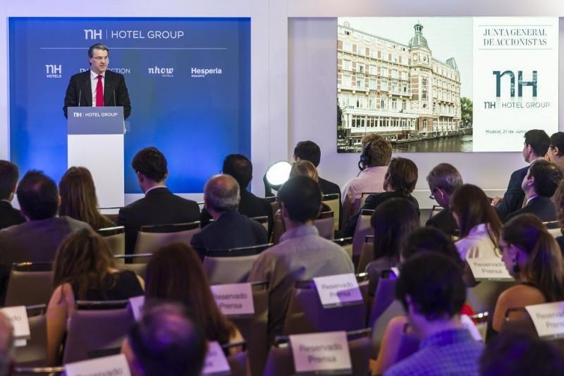 El presidente del Consejo de Administración de NH Hotel Group, Alfredo Fernández Agras, durante su intervención en la Junta de Accionistas.