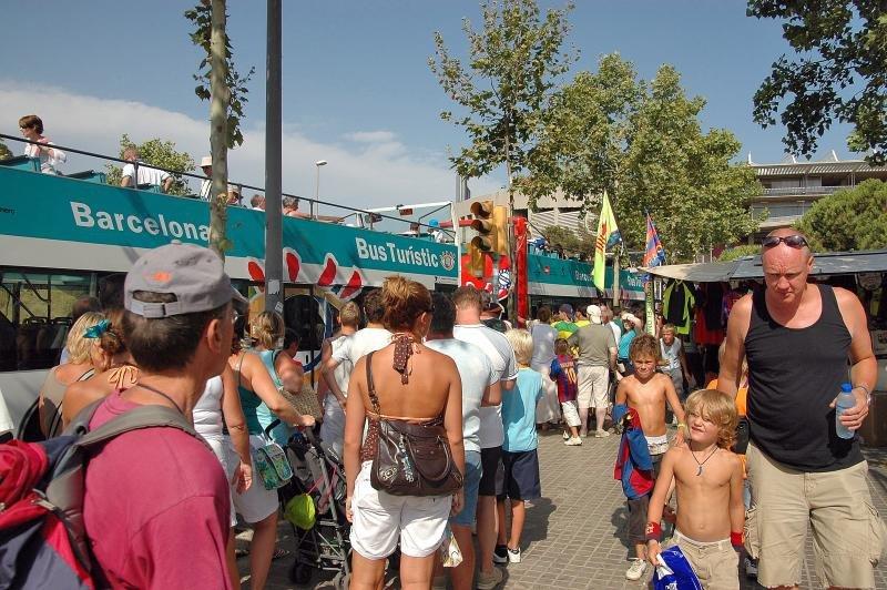 La HOTREC quiere que la saturación turística suba a la agenda política