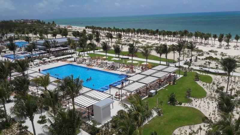 Imagen del Riu Dunamar en Costa Mujeres, destino que aúna las mejores playas de Cancún con la tranquilidad y la naturaleza de la Riviera Maya.