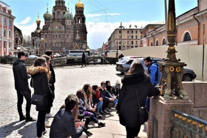Los turistas pueden aprovechar así su viaje al Mundial para conocer un poco mejor ciudades como San Petersburgo.