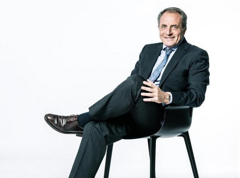 Díaz Montañés augura que 'en 10 años la situación habrá cambiado porque el cliente ya lo está demandando, y es una oportunidad porque el que no se adapte se quedará en el camino'.