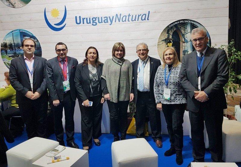Delegación de Uruguay en FIEXPO 2018.