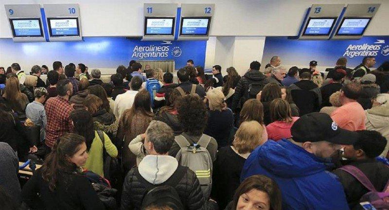 Argentina: el transporte aéreo se verá afectado por el paro del lunes