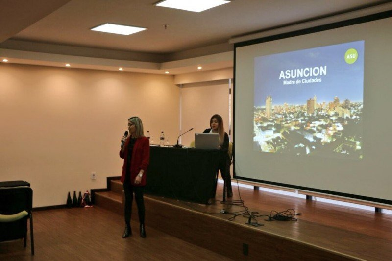 Presentación de Paraguay en Montevideo.