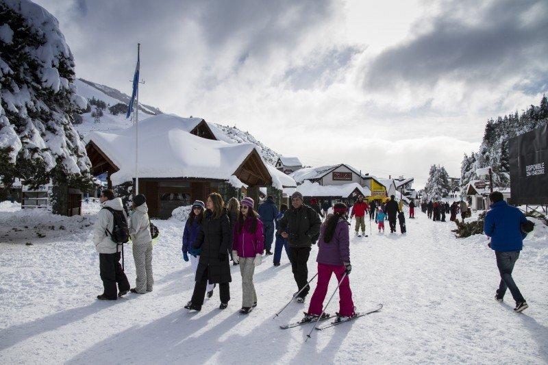 Para Bariloche el fin de semana largo es una buena antesala de las vacaciones de invierno.