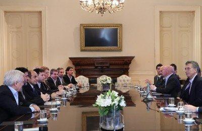 El presidente Mauricio Macri recibió a representantes de los centros de esquí de Argentina.