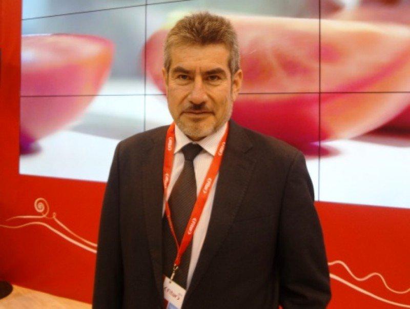 Rogers Valencia.