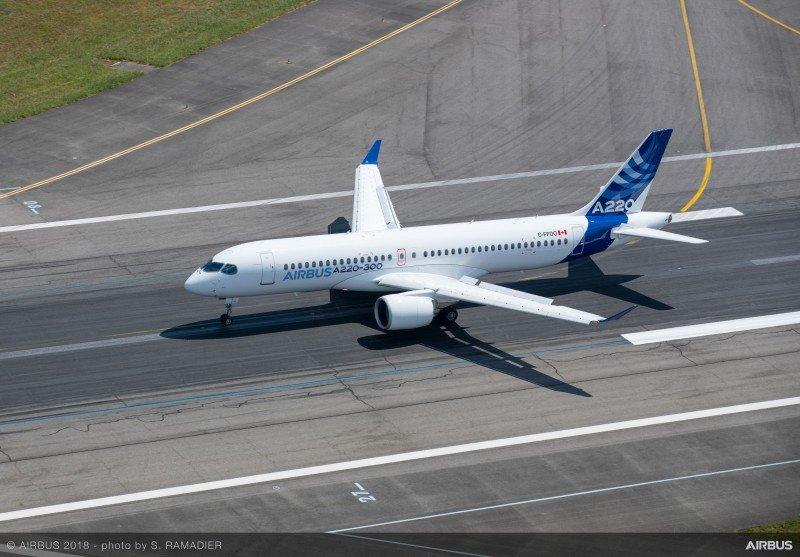 Airbus firma su segundo contrato del nuevo modelo A220-300
