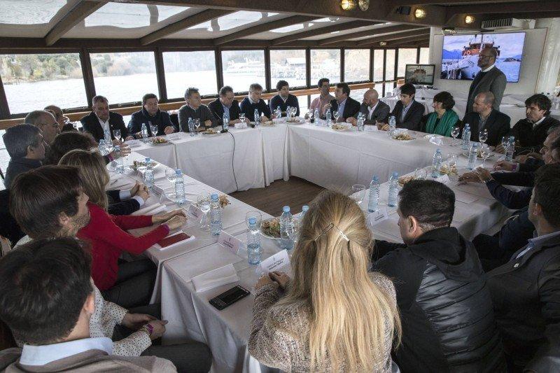 Macri se reunió con empresarios turísticos de Bariloche
