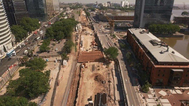 Las obras en el Paseo del Bajo culminarán en abril de 2019.