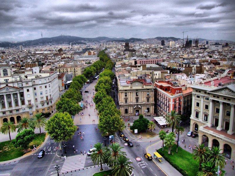 El TSJC da la razón al Ayuntamiento sobre la suspensión de licencias de alquiler turístico en Barcelona.