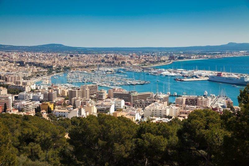 Imagen Campaña turística, un verano caluroso en Reino Unido, Grecia, autónomos...
