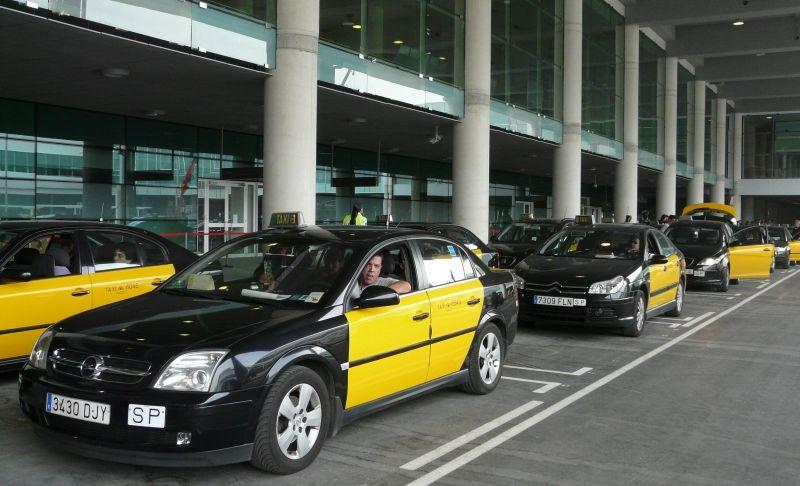 Imagen El conflicto del taxi pasa factura al sector turístico