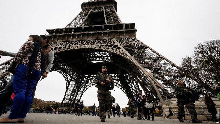 Imagen Torre Eiffel: el monumento más visitado del mundo cerrado hasta nuevo aviso