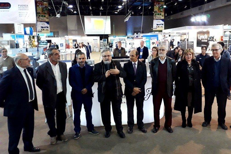 Autoridades en la inauguración de la feria Expo Hotel Uruguay 2018.