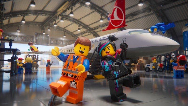 Turkish lanza nuevo video animado de seguridad de la mano de LEGO