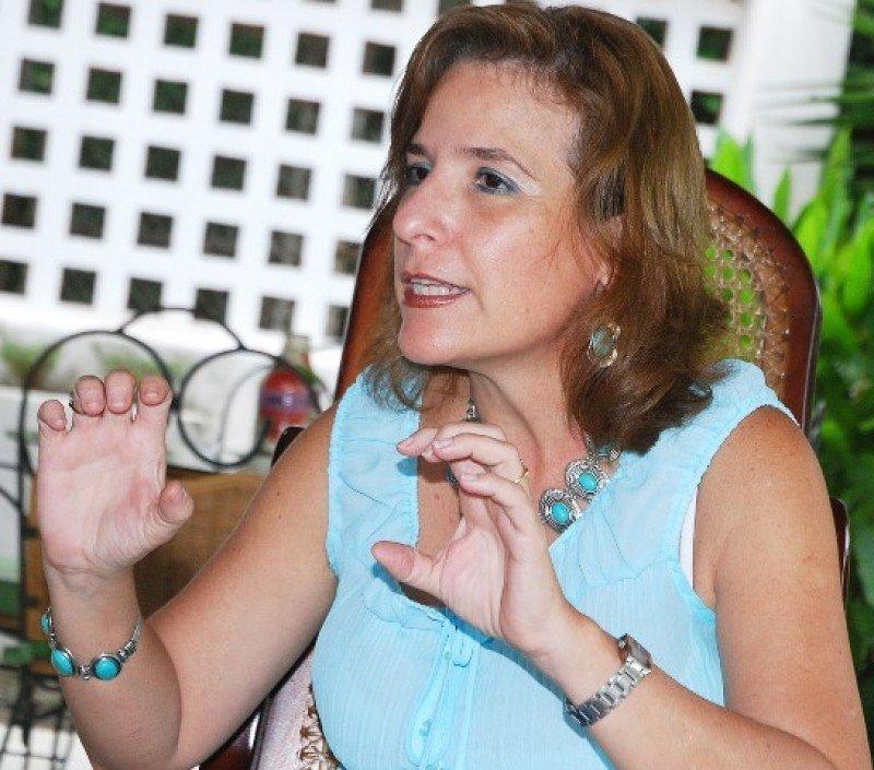 Lucy Valenti, presidenta de CANATUR.