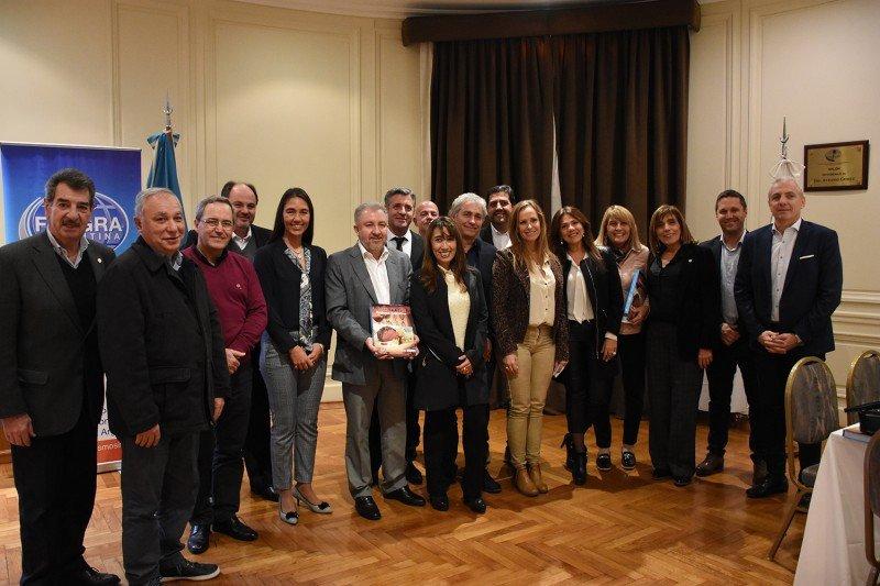 Argentina: hoteleros y gastronómicos presentaron sus problemáticas a diputados nacionales