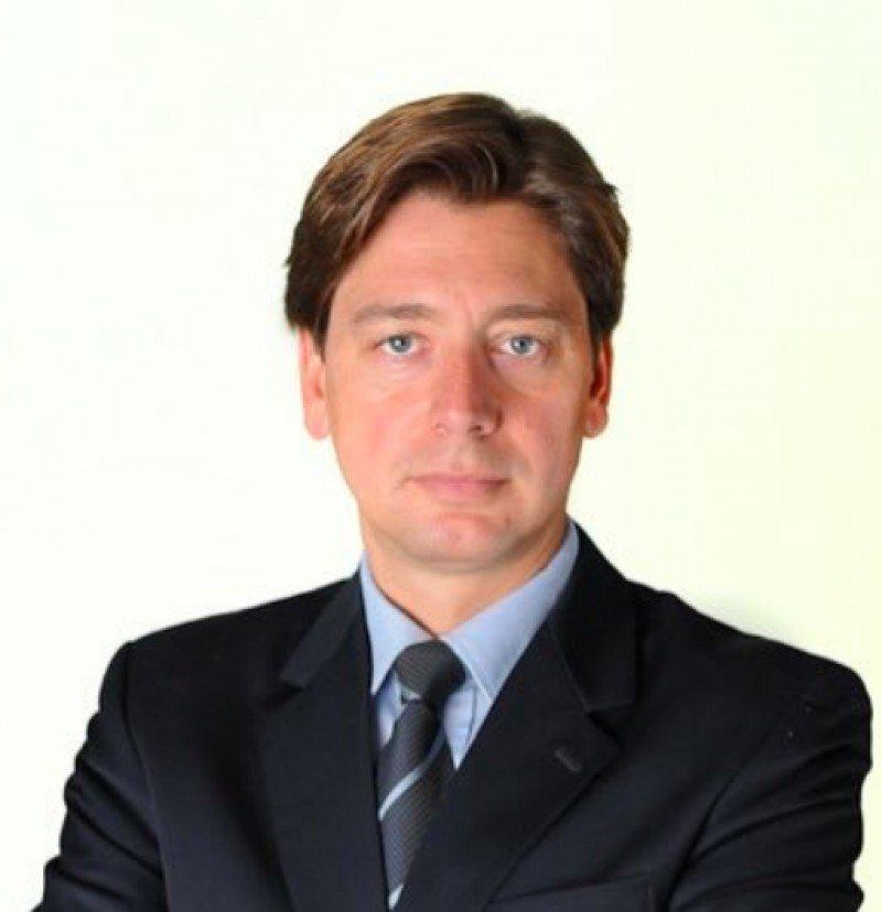 Arturo Barreira.