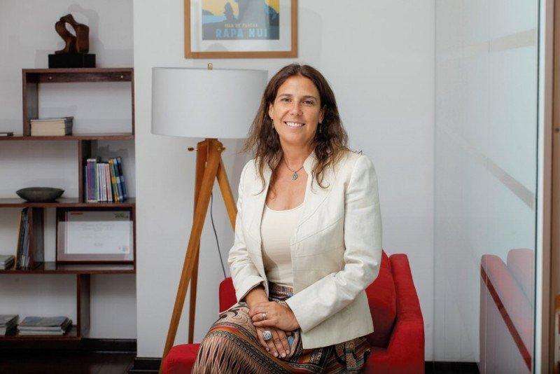Andrea Wolleter pasa de la Federación de Empresas de Turismo a la dirección del organismo estatal SERNATUR.