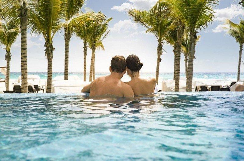 Los novios cada vez más optan por hacer una escapada preboda para huir de los nervios y los trámites finales. ¡Y qué mejor destino que el Caribe! Imagen: Barceló Hotels