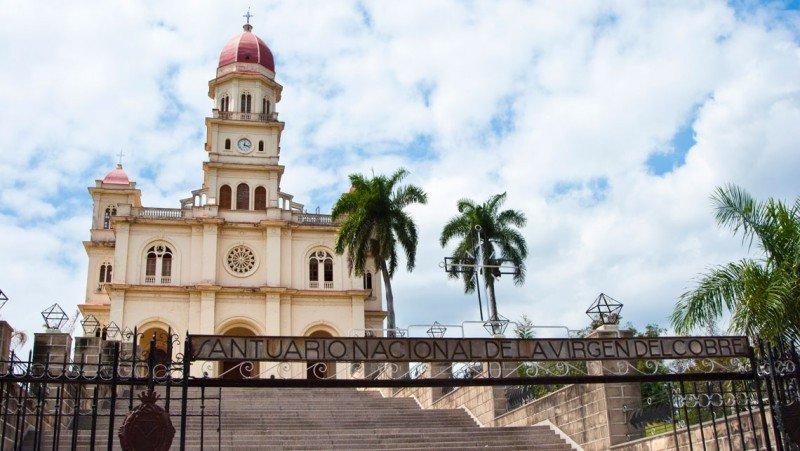 Santuario de la Virgen de la Caridad, cerca de Santiago de Cuba.