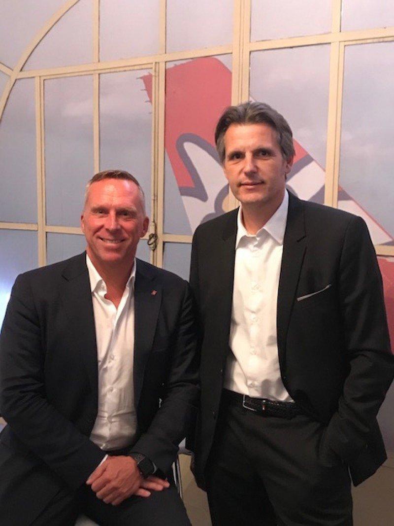 Izq a dcha: Bernd Bauer, CEO de Edelweiss y Luis Monreal, Director General de Lufthansa Argentina.