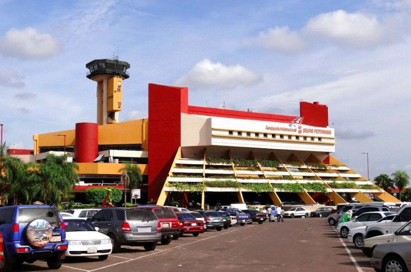 Paraguay usará recursos propios para una nueva terminal aérea en Asunción