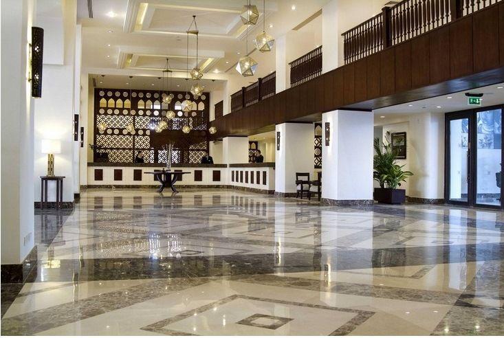 """Imagen Investigan un """"olor extraño"""" en el hotel de Egipto evacuado por Thomas Cook"""