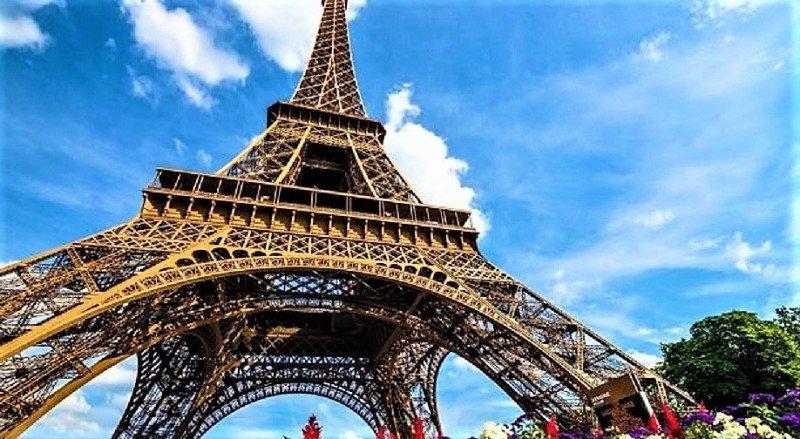 El eterno icono de París y el monumento más visitado dle mundo (TripAdvisor).