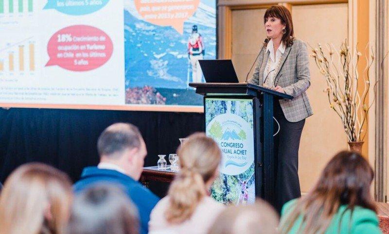 La subsecretaria de Turismo de Chile, Mónica Zalaquett, en el congreso de ACHET.