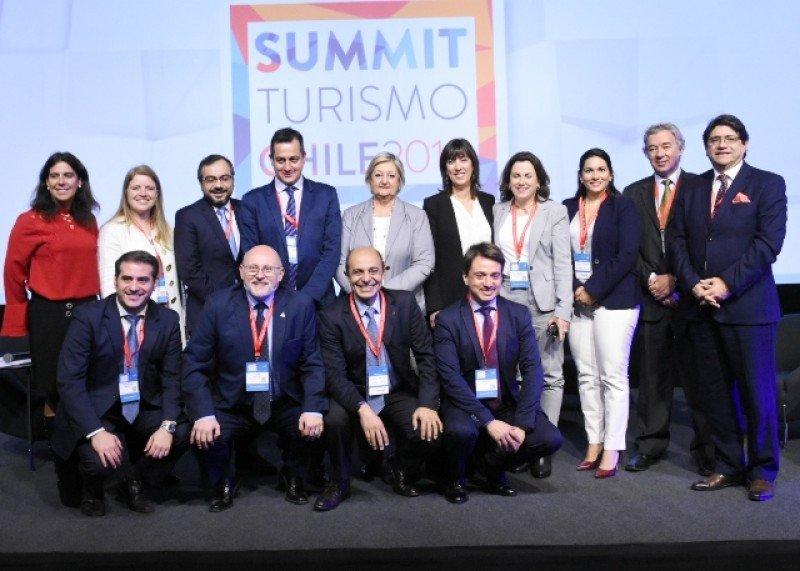 Autoridades públicas y privadas de Chile, Argentina, Uruguay y Perú  acercaron estrategias durante el Summit Turismo Chile 2018.