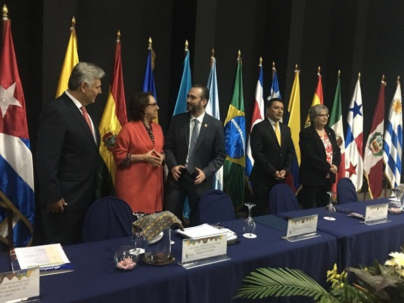 Autoridades en la inauguración de la Conferencia Iberoamericana de ministros de Economía y Turismo. Foto: @rgrynspan