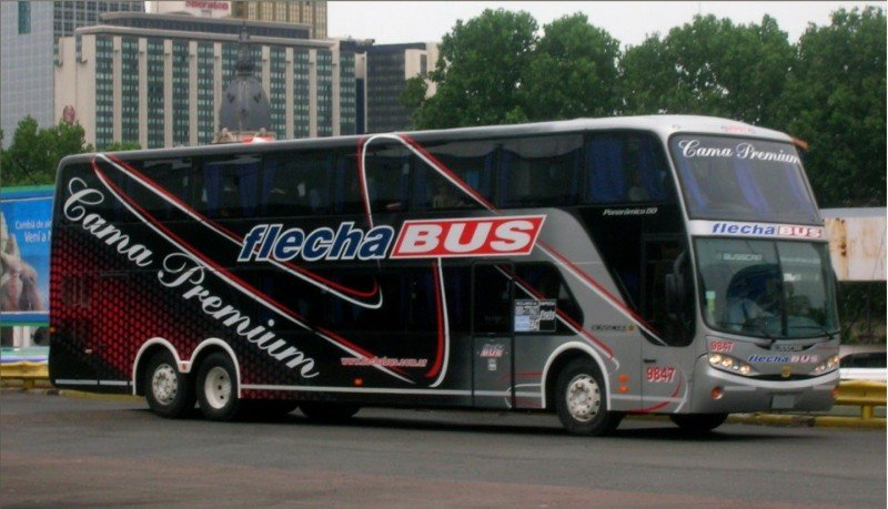 Flecha Bus al borde de la quiebra: pedido de concurso preventivo