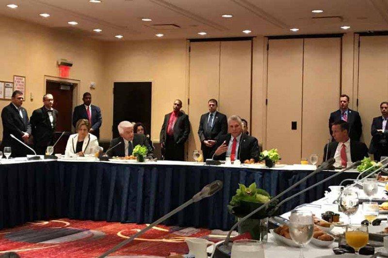 Díaz-Canel se reunió con referentes empresariales de la industria turística de EEUU