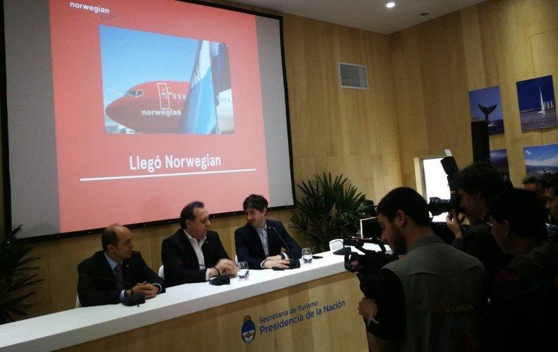 Norwegian Air Argentina presentó su plan de operaciones en FIT 2018.