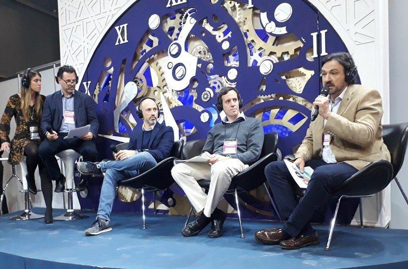 Foro de OTAs en FIT Tech: Robert Brown (Travelport), Juan Pablo Lafosse (Almundo), Gonzalo García Estebarena (Despegar), Andrés Topolansky (Netviax 5M). Fotos: J. Lyonnet