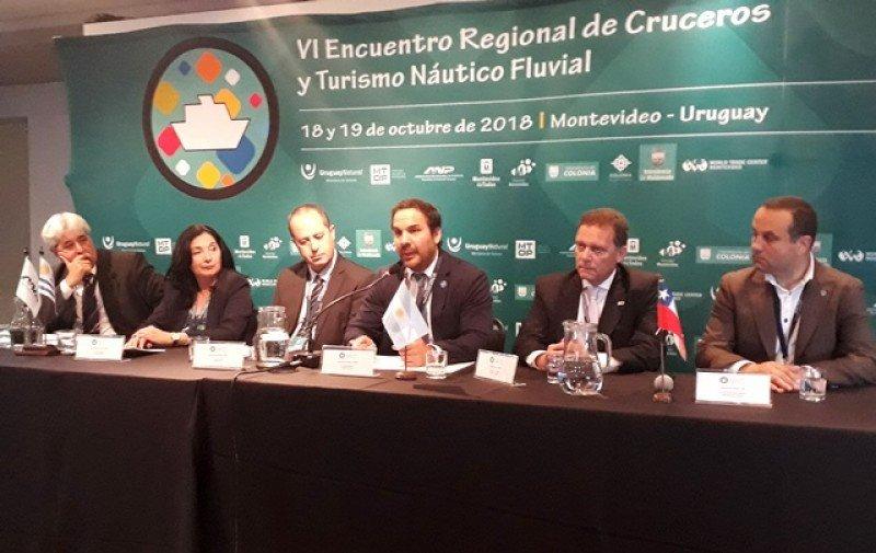 Gonzalo Mortola intervino en el VI Encuentro Regional de Cruceros, en Montevideo.
