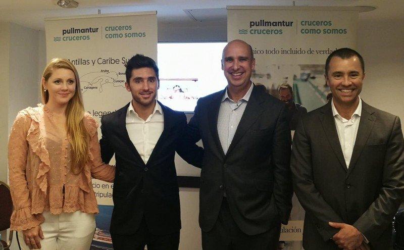 De izq a dcha: Bárbara Roddick (ejecutiva de Ventas para Argentina); Pablo Yuri (gerente comercial para el Cono Sur); Alejandro Páez (director de Ventas Corporativas) y  Diego Cordido (nuevo director de Desarrollo de Negocios para Latinoamérica)