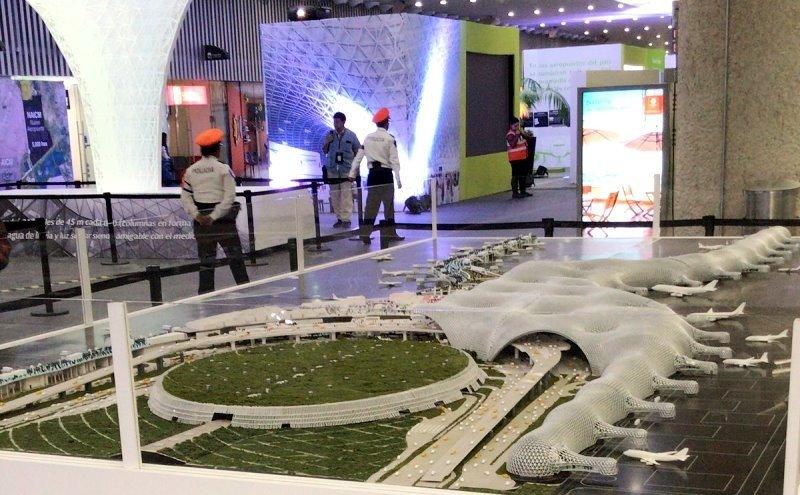El millonario proyecto diseñado por Norman Foster para Ciudad de México fue cancelado; las compañías ven difícil operar en tres aeropuertos distintos, como fue definido por el nuevo gobierno.