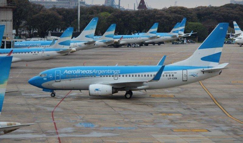 Cancelan 57 vuelos de Aerolíneas Argentinas por medidas de fuerza de sindicatos