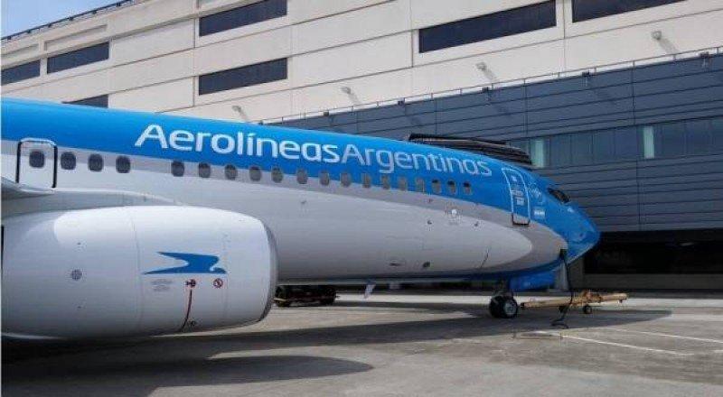 Son 15.000 los pasajeros afectados por medida de sindicatos de Aerolíneas Argentinas