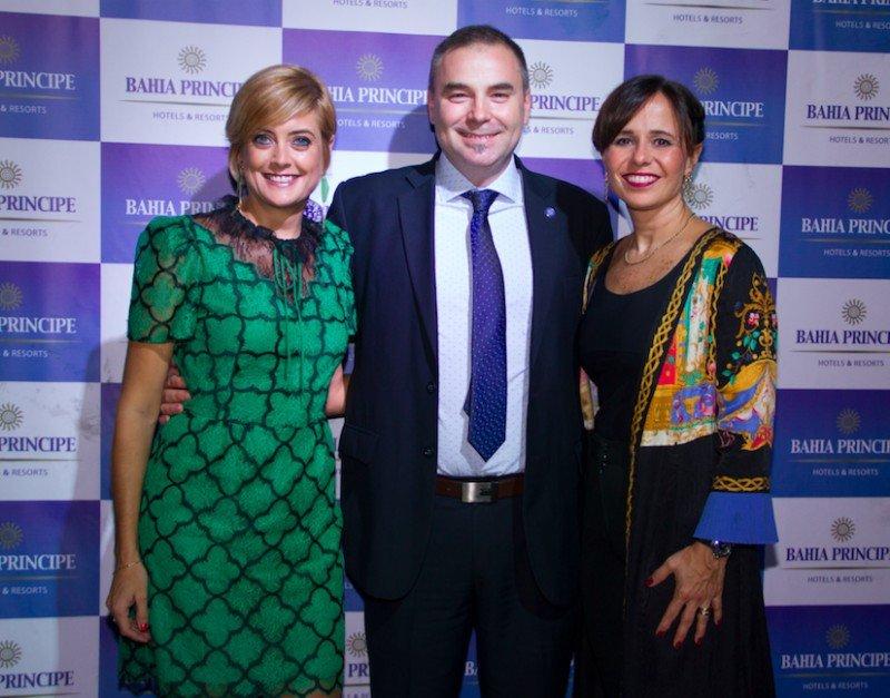Lluisa Salord (Directora Comercial Corporativa de Grupo Piñero); Gustavo Mesa (Gerente Comercial para Latinoamérica) y Malena Omoldi (Directora Comercial para Latam)