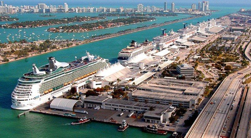 Puerto de Miami supera récord de 52.000 pasajeros de cruceros en un solo día