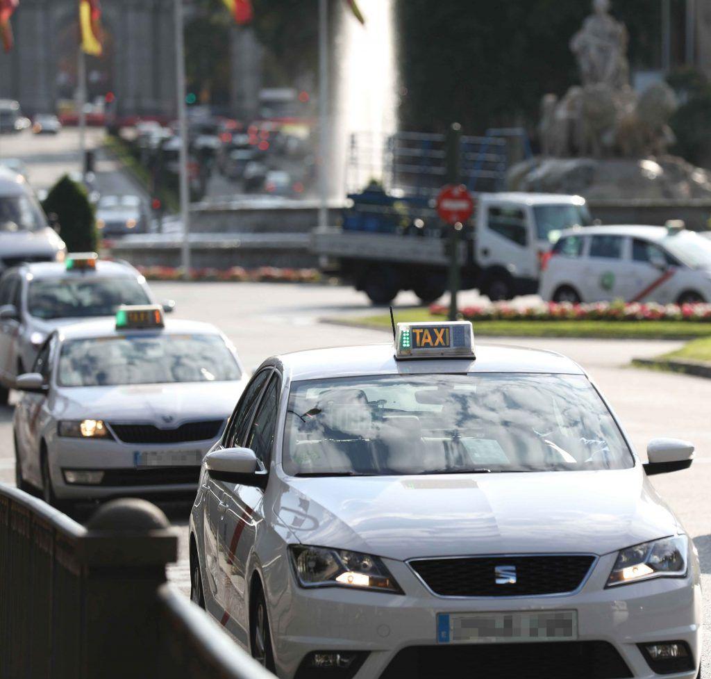 Los taxistas de Madrid harán huelga indefinida a partir del lunes