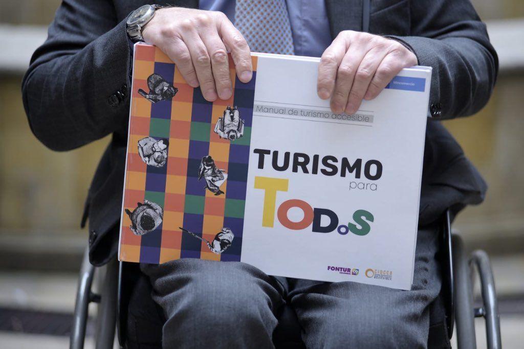 Manual de turismo accesible presentado en Colombia. Foto: @jpfrankym